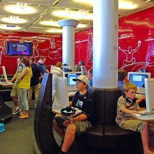 Интернет-кафе Дербешкинского